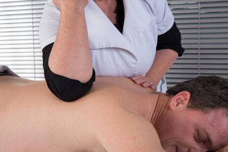 tuina: Technical execution of Thai massage