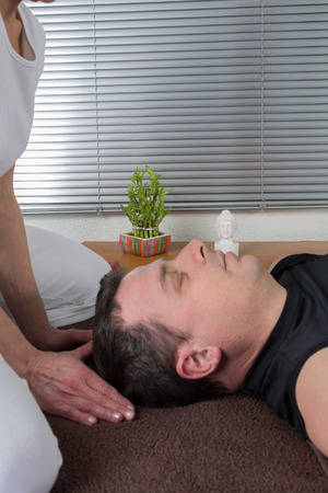 two women and one man: Face massage shiatsu