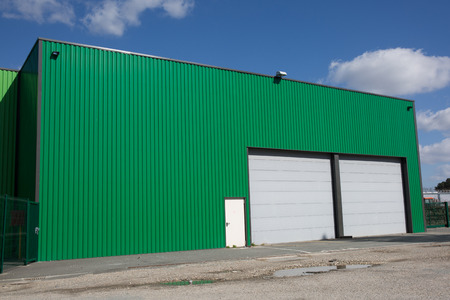 The exterior of a modern warehouse Stockfoto
