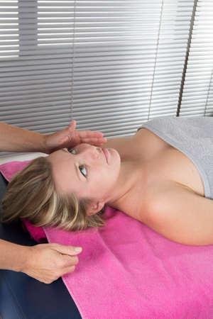 shiatsu: Head massage therapy  of shiatsu alternative medecin Stock Photo