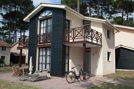 nice house: Beautiful and nice house under blue sky