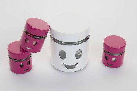 trato amable: Cara de la sonrisa ilustra en la caja. F�cil, feliz concepto de movimiento sin preocupaciones Foto de archivo