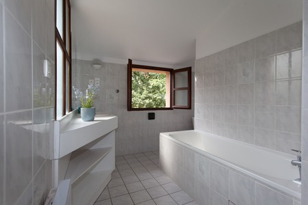 master bath: White clean and modern minimal bathroom in a house
