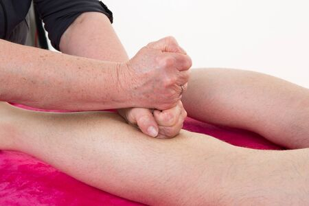 restore energy flow: Reflexology knee massage, spa knee treatment, at spa center