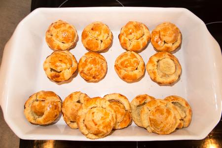 choux bun: cheese appelitzer in bun bread