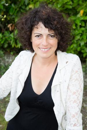 Mooie middelbare leeftijd vrouwelijke brunette Stockfoto