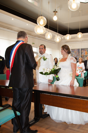 The bride signs the marriage lawsuits Stock Photo