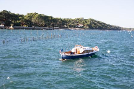 pinasse boot aan de rand van het Bassin d'Arcachon in Frankrijk