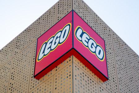 Bordeaux, Aquitaine  France - March 22 2019 : Bordeaux LEGO  Imagination Center Store Redactioneel