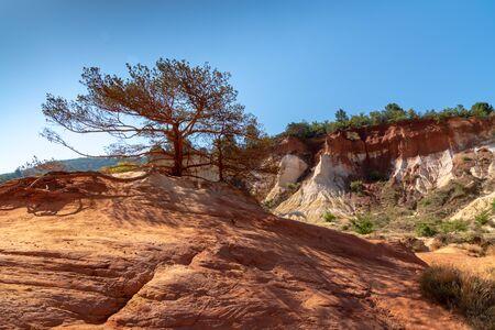 landscape of Rustrel ochre mountain in colorado french Stockfoto