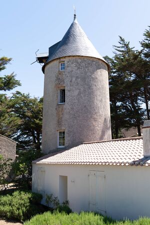 Windmill ancient medieval in Noirmoutier Vendee France Zdjęcie Seryjne