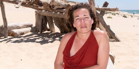 Attractive summer brunette woman on web banner template header Reklamní fotografie