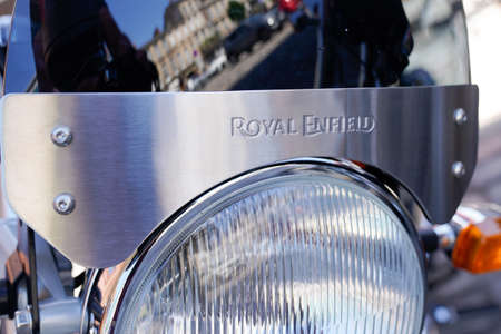 Bordeaux , Aquitaine / France - 07 06 2020 : Royal Enfield logo on front of motorbike headlamp of Indian manufactured motorcycle Éditoriale
