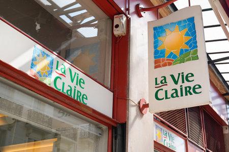 Bordeaux, Aquitaine / France - 07 25 2020: La vie claire logo and text sign on wall store Éditoriale
