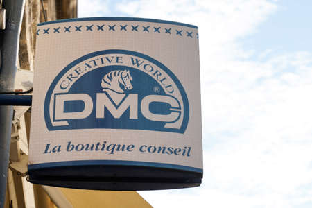 Bordeaux, Aquitaine / France - 09 01 2020: DMC logo sign on boutique creative textile leisure store and embroidery and creative sewing shop Редакционное