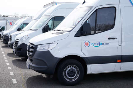 Bordeaux, Aquitaine France - 03 18 2021: u location text sign and brand logo on rent truck hire detail rental panel van car Redakční