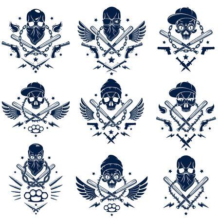 Tatouage criminel, emblème de gang ou logo avec des battes de baseball agressives et autres armes et éléments de conception, ensemble d'images vectorielles, style vintage du ghetto des bandits, anarchie des gangsters ou thème mafieux