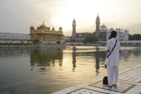 harmandir sahib: Pilgrims at Harmandir Sahib (The Golden Temple), Amritsar