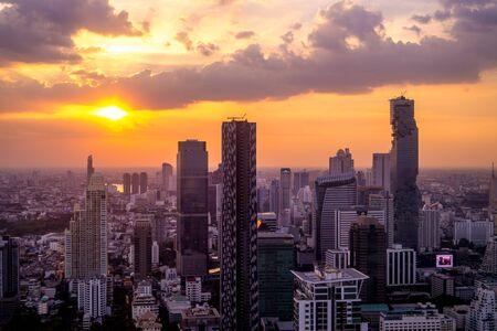 방콕에서의 일몰