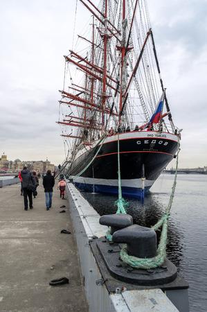 barque: Barque Sedov in winter, Saint-Petersburg,Russia