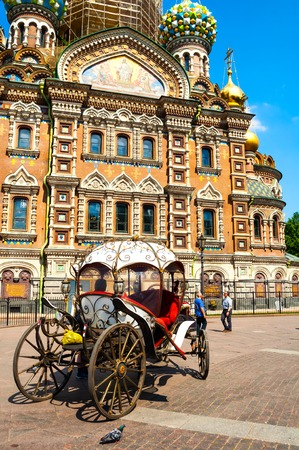 Saint Petersburg, Russia - June 6, 2019. Downtown of St Petersburg, Russia. Horse carriage near Spilled blood cathedral in St Petersburg Russia. 에디토리얼
