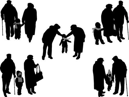 personas ancianas: Abuelos con el nieto y nieta