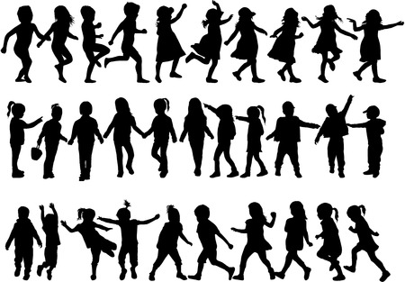 parejas caminando: niños siluetas