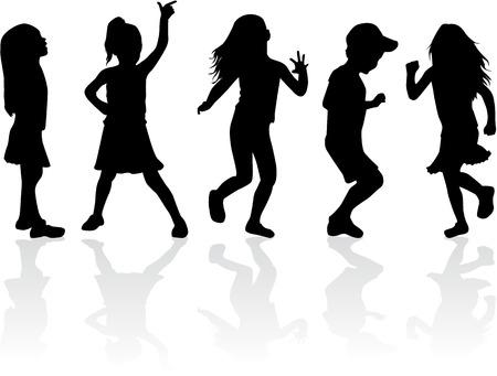 ni�os bailando: Siluetas de la familia