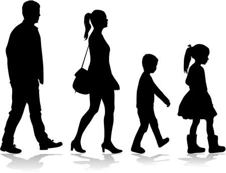 Famille Silhouette sur une promenade. Banque d'images - 75483050
