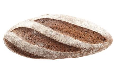 白い背景にライ麦パンののろまを分離します。頂上からの眺め