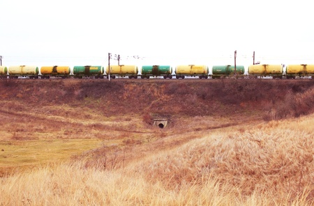 Oil and gasoline transportation by rail by rail