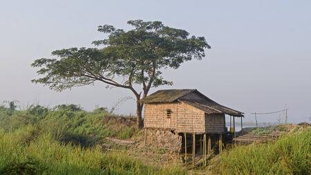 poling: Hut on stilts Editorial
