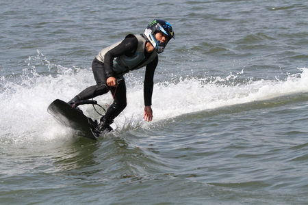 windsurf: windsurf poder Editorial