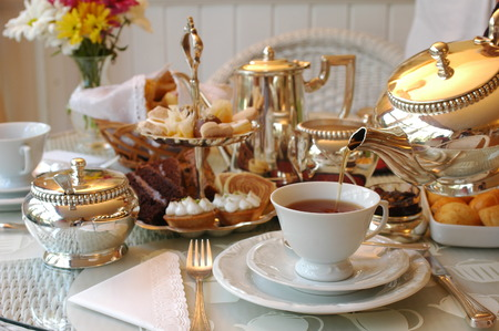 teapot: Typical English Afternoon Tea.