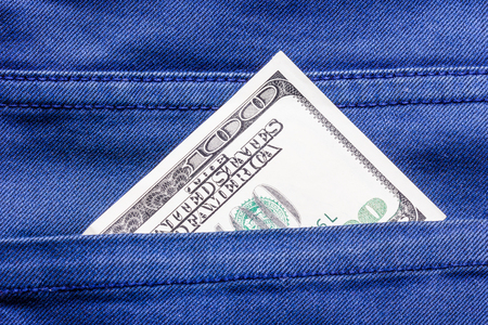 bolsa dinero: Pocket money hundred dollar. Foto de archivo