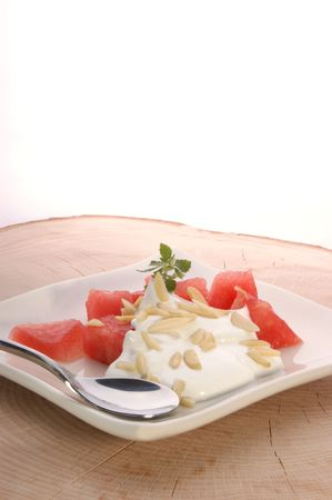 slivers: melon with cream fresh and almond slivers