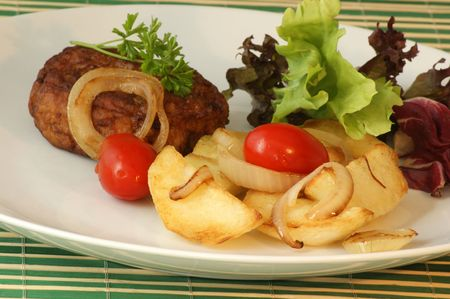 grilled potato: rissole with grilled potato and organic tomato