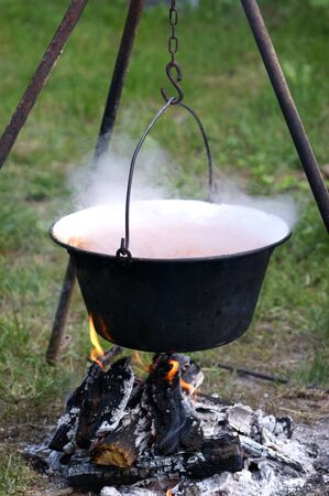 soup kettle: Hungarian kettle to make a spicy outdoor soup
