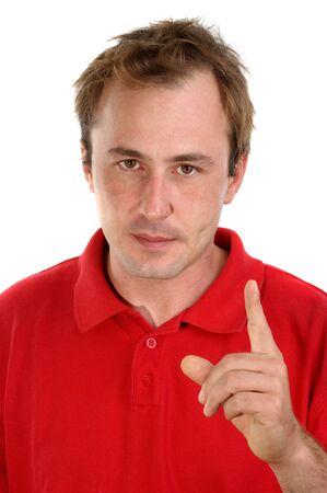 admonester: jeune homme dans une chemise rouge avec une main lev�e Banque d'images
