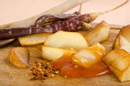potato wedges: fried potato wedges with sweet chillie sauce