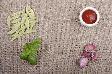 durum wheat semolina: home made pasta from durum wheat, semolina and spinach