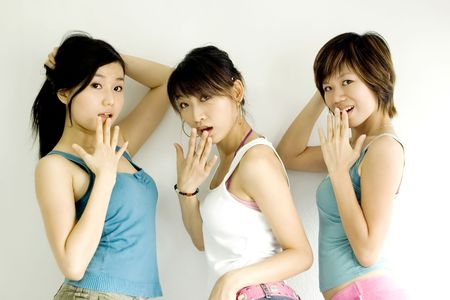 asian girls with surprising photo