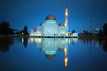 islamic wonderful: Puchong perdana Mosque in Malaysia. 25 seconds long exposure in dusk.