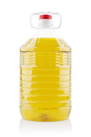 5 litres d'huile de cuisson arachide sur fond blanc
