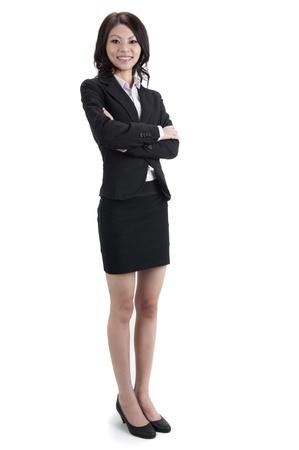 Mujer llena de negocios órgano permanente sobre fondo blanco