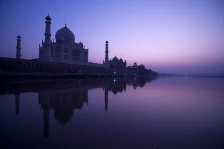 unesco world cultural heritage: Taj Mahal in twilight view, water reflection of yamuna river