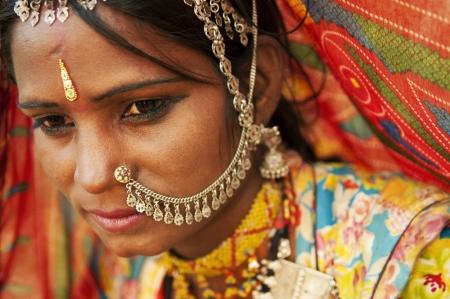 sari: Un retrato de la hermosa mujer india, Rajasthan, India