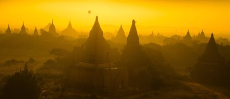 Sunrise panorama view over temples of Bagan in Myanmar Stock Photo - 16185084