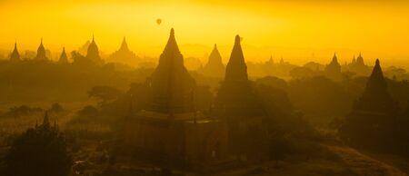 Sunrise panorama view over temples of Bagan in Myanmar Stock Photo - 16185084