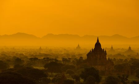 Sunrise view over temples of Bagan in Myanmar Stock Photo - 16185088